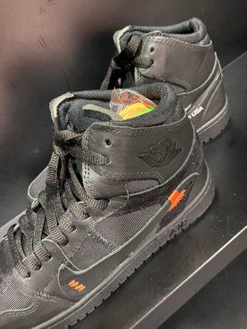 Tênis Nike Jordan off White preto 41 - Foto 4