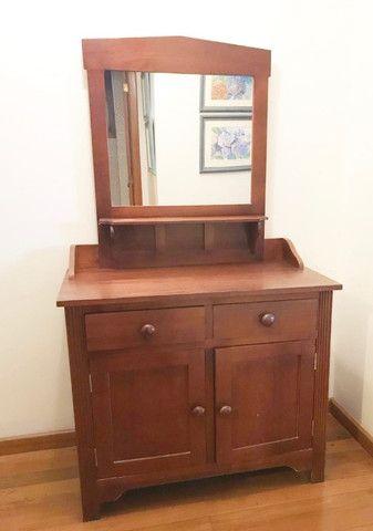 Armário em madeira com espelho - Foto 2