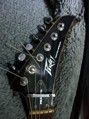 Guitarra Flying V Peavey