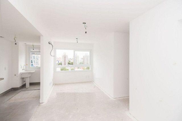 Apartamento de 3 dormitórios com suíte no Bairro Jardim Lindóia, 67 m², 1 vaga de garagem - Foto 2