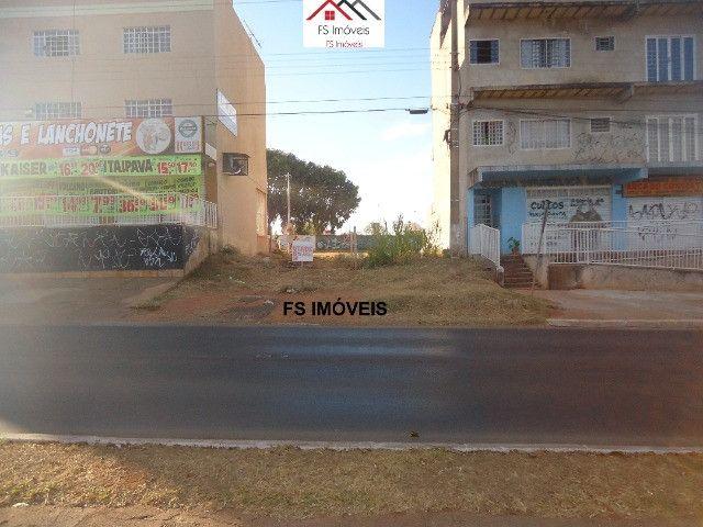 QS 304 Ótimo Lote Comercial Vazado na Avenida 100 M² E s c r i t u r a d o - Foto 3