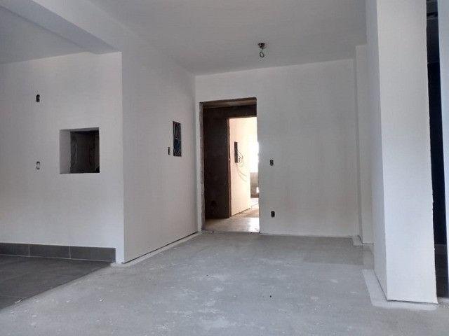Apartamento de 2 dormitórios com suíte no Bairro Jardim Lindóia, 60 m², 1 vaga de garagem - Foto 2