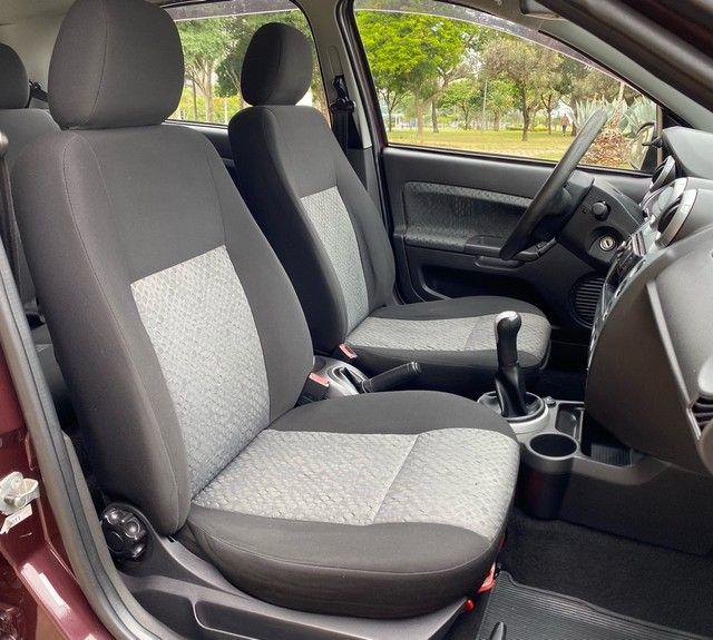 Ford Fiesta 2011 1.6 Completo - Baixo KM - Foto 10