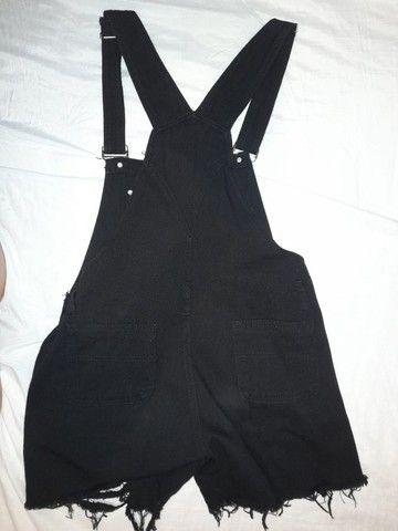 Shein | Macacão preto com bolsos - Foto 2