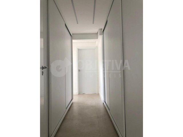 Apartamento para alugar com 3 dormitórios em Lidice, Uberlandia cod:470398 - Foto 11