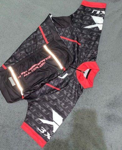Bermuda e camisa de ciclismo X3xu - Foto 2