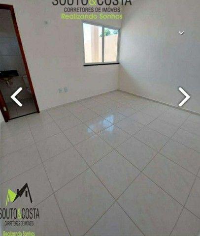 Casa com uma ótima localização no centro de Itaitinga. - Foto 4