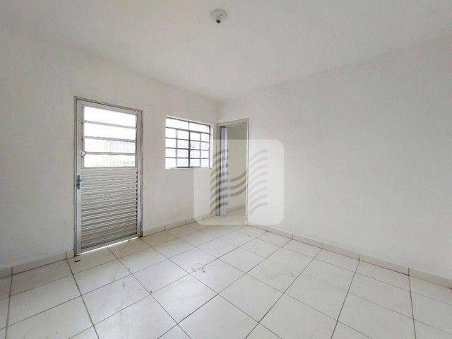 Casa com 1 dormitório para alugar, 35 m² por R$ 900,00/mês - Sítio Morro Grande - São Paul