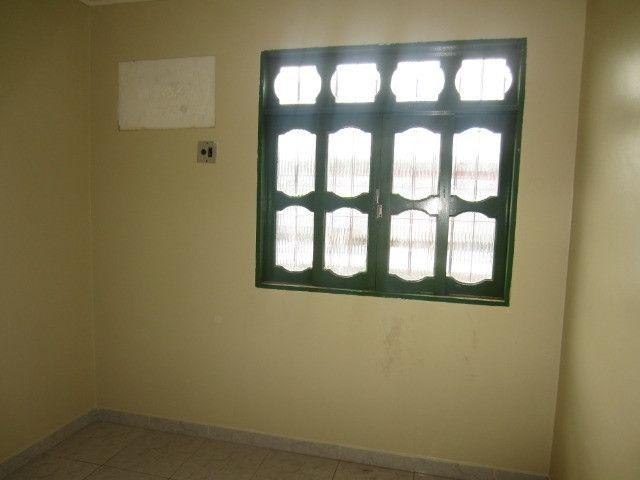 Aluga-se Apartamento de 02quartos no centro - Foto 5