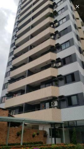 Apartamento de 110 m2 com 3/4 sendo 1 suítes com 2 vaga de garagens soltas