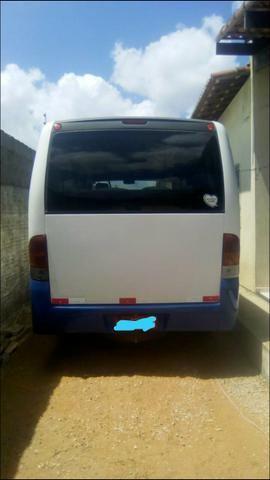 Vende-se ou troca-se micro-ônibus - Foto 4