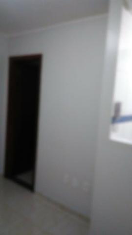 Alugo lindo apartamento de 2 quarto no Riacho Fundo I - Foto 3