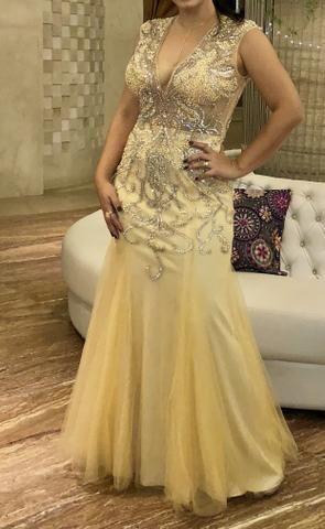 Vestido dourado bordado - Foto 2