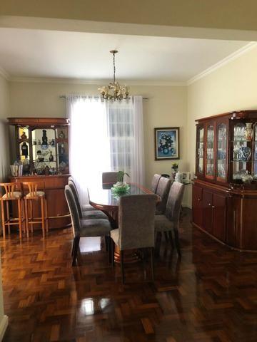 Excelente casa com 4 quartos, sendo 3 suítes-Quitandinha- Petrópolis -RJ