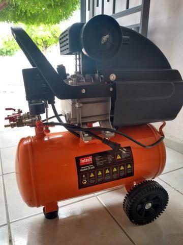 Vende-se um compressor Intech Machine1.5HP,e um aspirador de Pó e Água Wap GTW - Foto 5