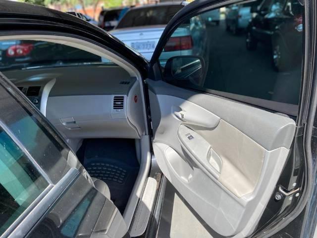 Corolla GLI Automático Compl, couro e ar conddigital R$11.000 de ent (+)Parc R$ 1.020 - Foto 4