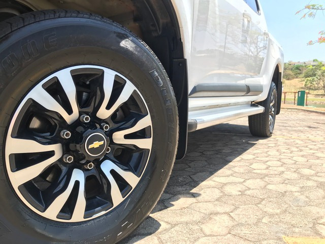 S10 2013 4x4 automática diesel - Foto 7