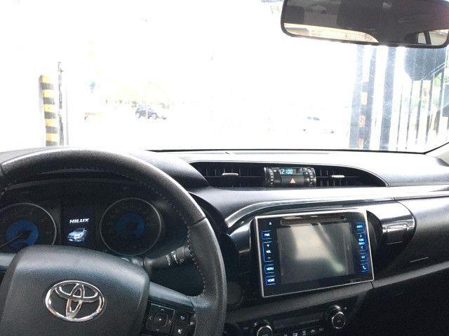 Hillux SRV 2.8 4x4 aceito carro popular la troca financio a diferença - Foto 6