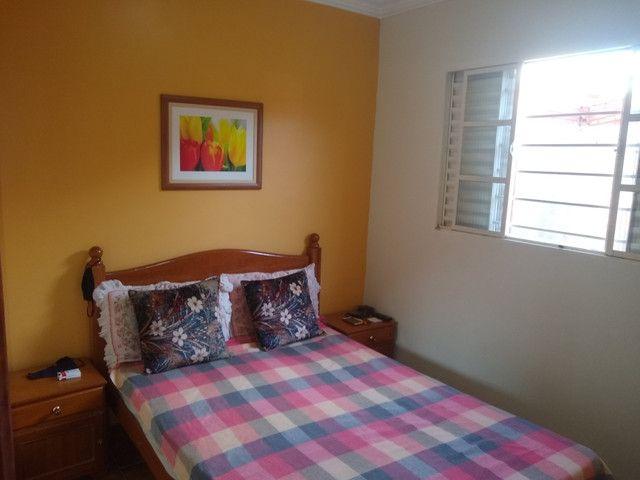 Chalé 2 dormitórios, churrasqueira, mobiliado - Foto 10