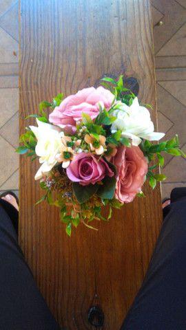 Enfeites Rosas Artificiais - Foto 3