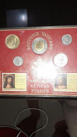 Vendo moedas vaticano 5,3copa,alemã 1938,valor 300 pila tudo