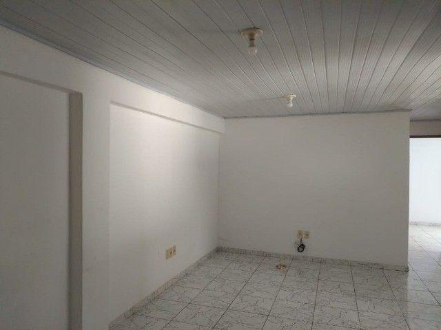 Apartamento na Av. ACM - Malhado - 1º andar - Foto 3