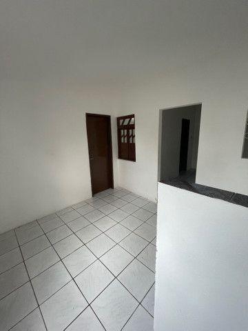 Dois quartos com quintal na Paralela  - Foto 10