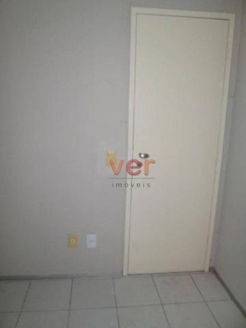 Apartamento para alugar, 62 m² por R$ 700,00/mês - Dias Macedo - Fortaleza/CE - Foto 15