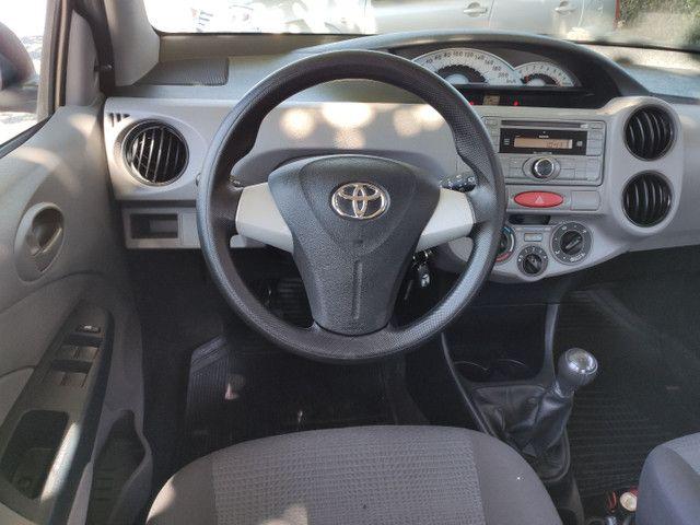 Toyota Etios 1.3 XS Completo - Ótimo Estado  - Foto 12