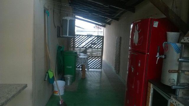 Vendo casa em Ananindeua com piscina e churrasqueira - Foto 5
