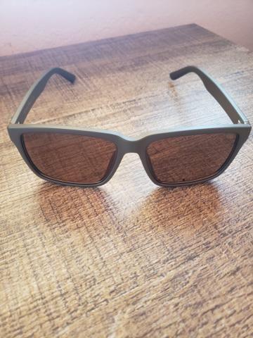 89d217d84 Vende se oculos da chilli beans com lente polarizada - Bijouterias ...