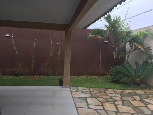 Linda casa térrea em lote de 800m² - Foto 13
