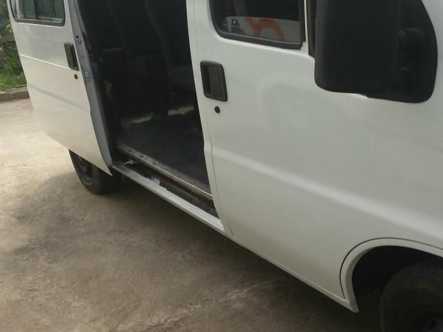 VAN DUCATO Fiat ll 16 LUGARES MUITO ECONÔMICO E FORTE