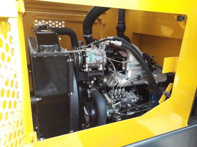 Pá Carregadeira 0km, Caçamba 0.6m³ 1500kg, Joystick, Automatica - Pronta Entrega - Foto 4