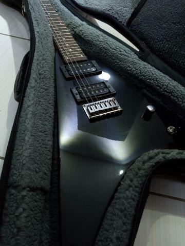 Guitarra Flying V Peavey - Foto 4