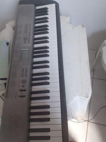 Vende um teclado casio
