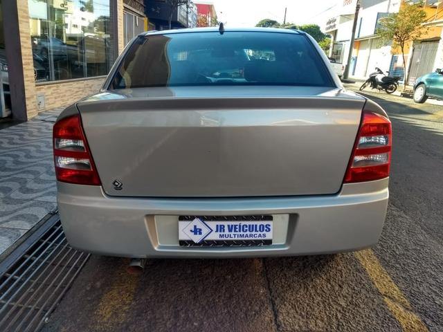 Astra Sedan 2005 a álcool original Lindo (JR VEÍCULOS) - Foto 7