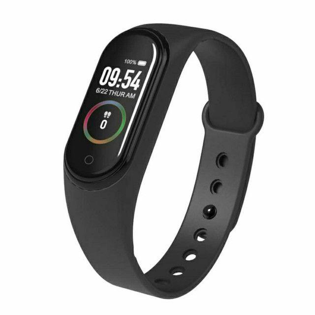 Pulseira Smart M4 Esportiva / Monitor Fitness/Frequência Cardíaca à Prova d?Água