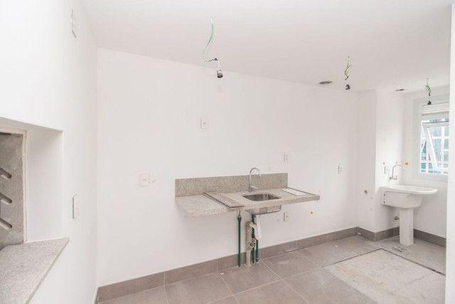 Apartamento de 3 dormitórios com suíte no Bairro Jardim Lindóia, 67 m², 1 vaga de garagem - Foto 4