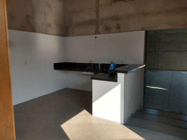 Barracão com edícula, amplo espaço. - Foto 5