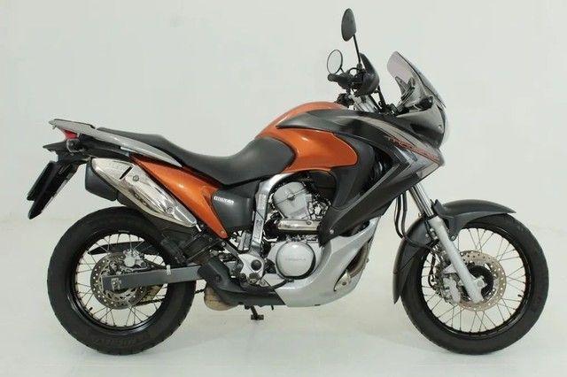 MOTO HONDA XI 700V