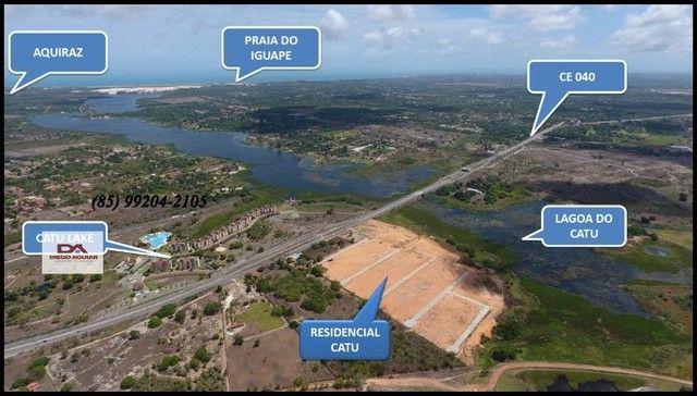 =§ Loteamento aberto, localizado às margens da Lagoa do Catu! - Foto 12