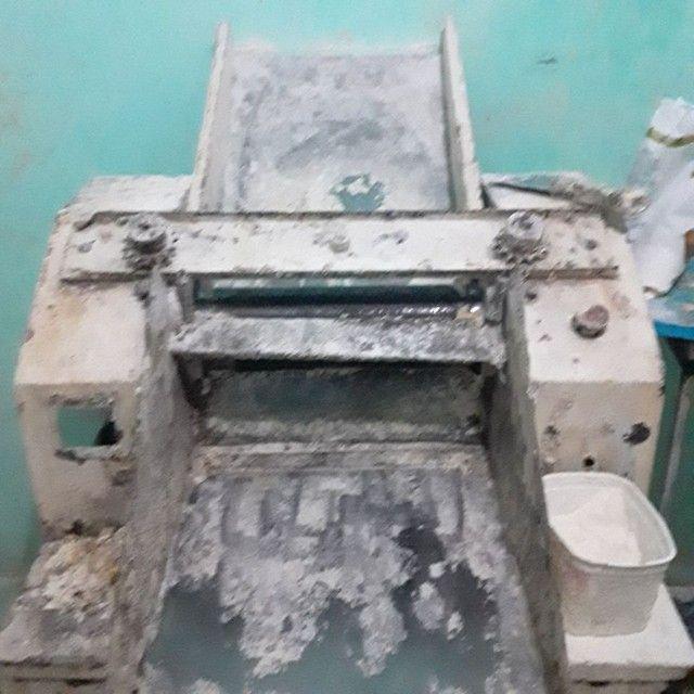 Vendo um forno  um cilindro uma mesa de mármore  - Foto 6