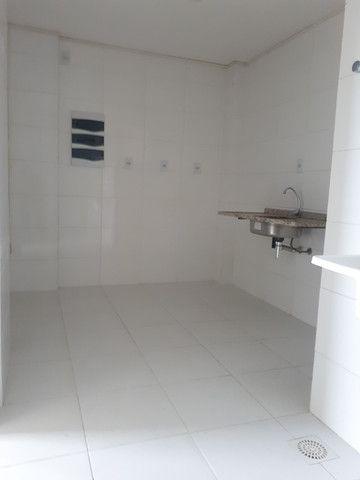 Alugo apartamento com 3 quartos- ED. coliseum/ - Foto 8