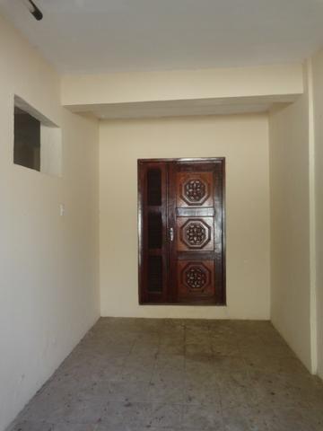 Casa duplex Henrique Jorge com 04 quartos - Foto 2