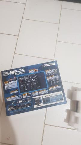 Pedaleira Boss ME-25+Cabos input/output