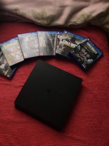 Vendo PS4 em perfeito estado