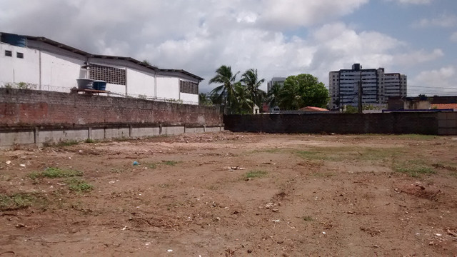 Terreno 2640 M2 em Lauro de Freitas escriturado registrado plano murado - Foto 10