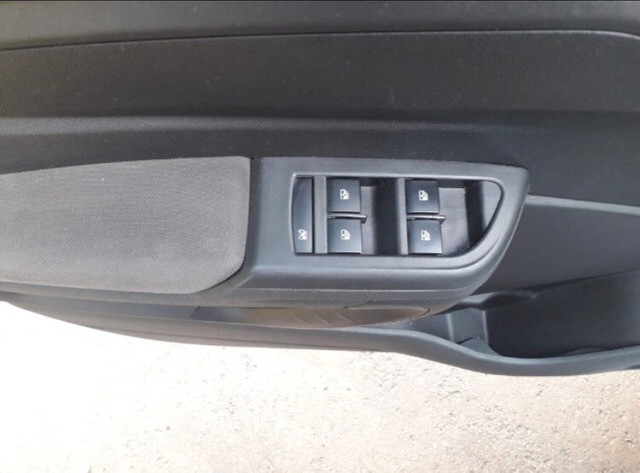 Chevrolet Prisma 1.4 LTZ Flex manual 2014/2015 - Foto 5