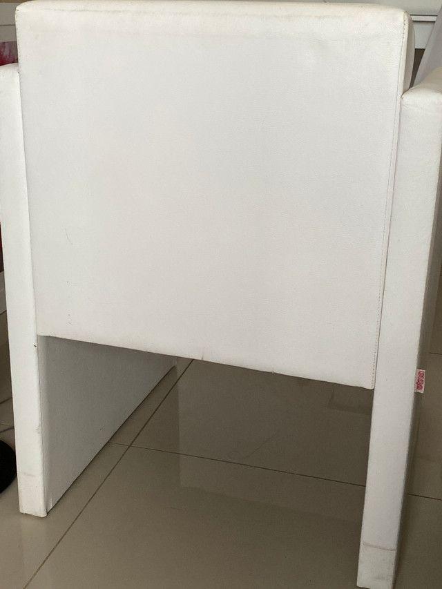 Poltrona ETNA - Cor Branca - Lindo produto - Foto 4